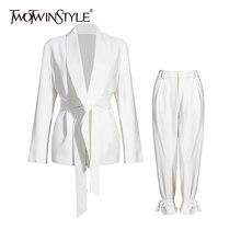 TWOTWINSTYLE Casual biały dwuczęściowy zestaw dla kobiet V Neck z długim rękawem Blazer wysokiej talii spodnie szerokie nogawki koreański zestawy kobiet 2020