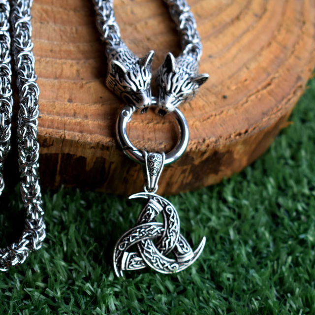 ODIN'S HORN VIKINGS NECKLACE
