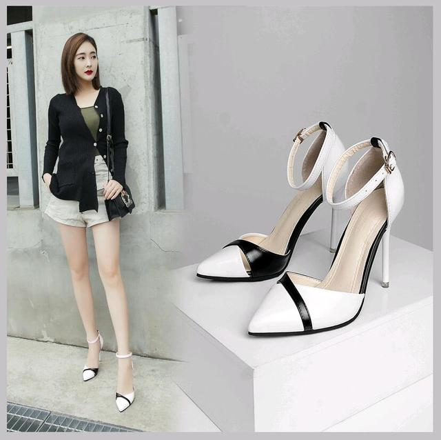 2019 new women's high heels Korean version of Baotou hollow sexy stiletto sandals wild work single shoes
