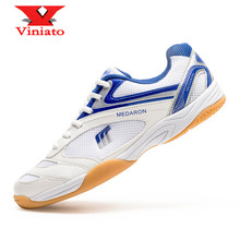цена 2020 New Men Badminton Shoes Light Weight Traing Table Tennis Sneakers for Couples Size 35-45 Blue Red Luxury Volleyball Shoes онлайн в 2017 году