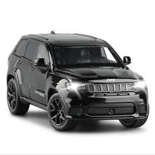 Modelo de carro 1: 32 liga carro JEEP-SRT grand cherokee clássico carro direção choque absorvente som e luz brinquedo carro menino presentes