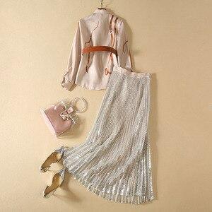 Image 2 - Chemise imprimée à manches longues, pour femme, ensemble élégant, jupe plissée pailletée, de haute qualité, 2020