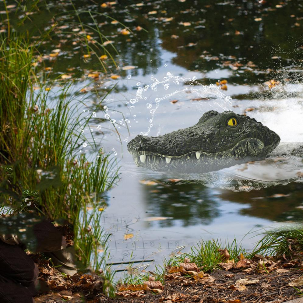 LeadingStar 2.4G RC Boat Simulation Crocodiles Head Racing Boat Electric Waterproof Spoof Toy