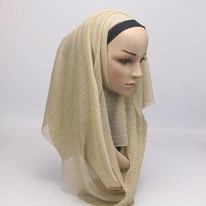 Image 5 - 2020 새 여름 숙 녀 골드 이슬람 Crinkle 주름 반짝이 쉬머 Hijab 스카프 목도리 여성 Pleated 이슬람 아랍 머리 스카프
