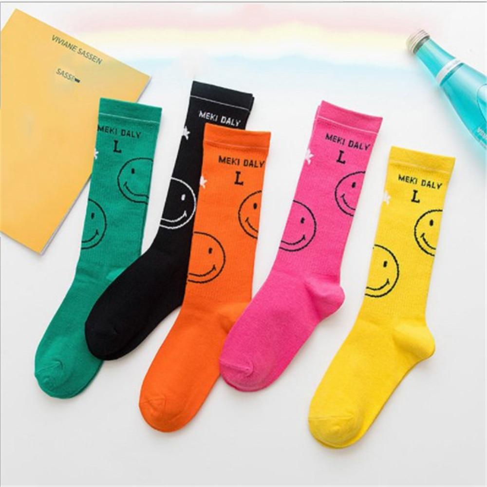 New Color Harajuku Retro Women Lady Cotton Loose Smiley Socks Winter In Tube Korean Purple Blue Yellow Pink Designer Cute