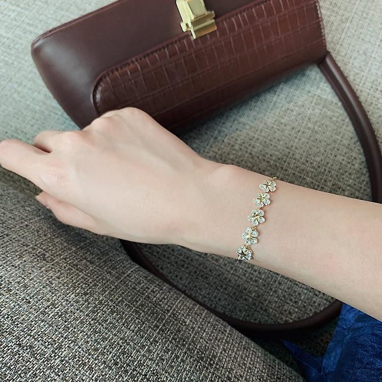 2020 Korean new design fashion jewelry high-end luxury flower zircon adjustable female prom party bracelet 8