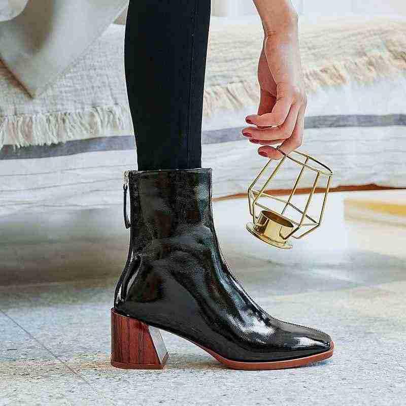 Krazing pot yeni varış patent inek deri kalın yüksek topuklu kare ayak el yapımı sıcak tutmak pist modern gösteri yarım çizmeler l6f2