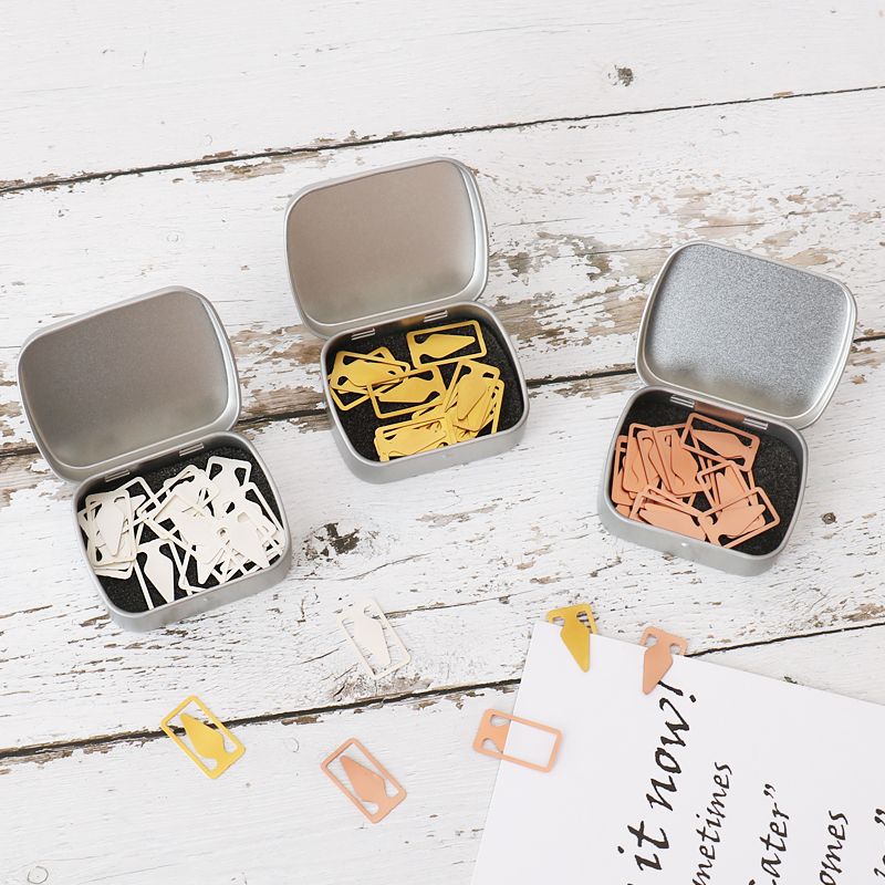 15pcs/box 2019 Hollow Triangle Arrow Bookmarks Mini Hollow Metal Paper Clip Stationery School Office Supplies Gift