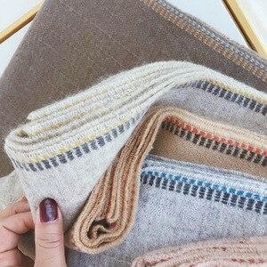 Image 1 - Marke Designer Kaschmir Schal Frauen 2019 Winter Schals Hohe Qualität Schals und Wraps Dicke Warme Pashmina Dame Decke Schal
