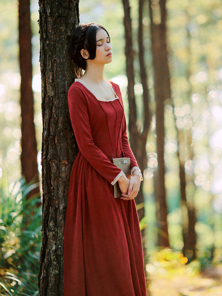 new fashion women's vestidos Vintage court suede long sleeve square collar red long dress travel