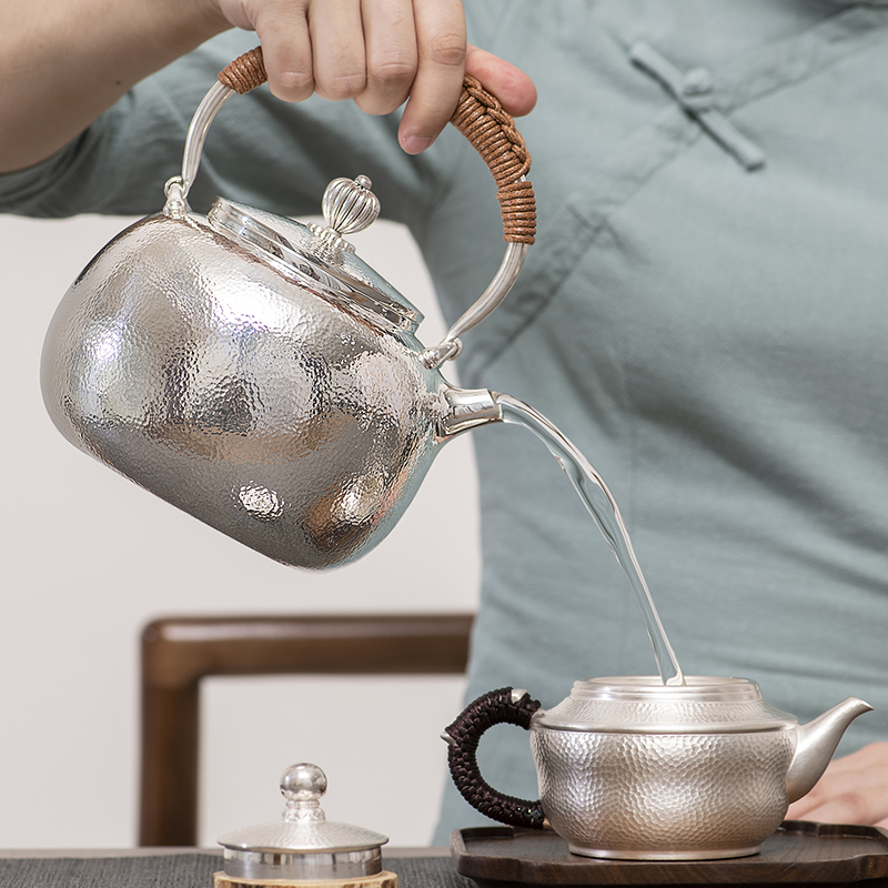 Chinese Style Silver Pot Sterling Silver 999 Pure Hand Hammer Made Kettle Boiled Teapot