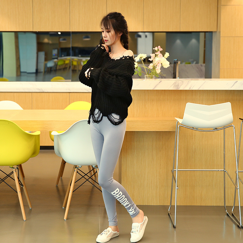 HDY Haoduoyi New Fashion Sexy Backless V-neck Sweater Women Loose Autumn Casual Knitted Sweater Female Pullover Jumpers 10