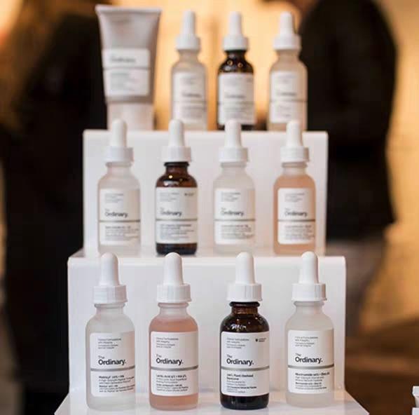 The Ordinary Salicylic Acid 2% Solution 30 ML Theordinary Peeling Soultion Hyaluronic Acid AHA + BHA Niacinamide Caffeine Lactic