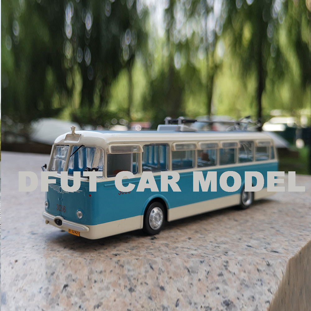 Scale 1:64 8TR BUS Model Diecast Metal Alloy Car Model Toy Gift For Collection With Free Shipping