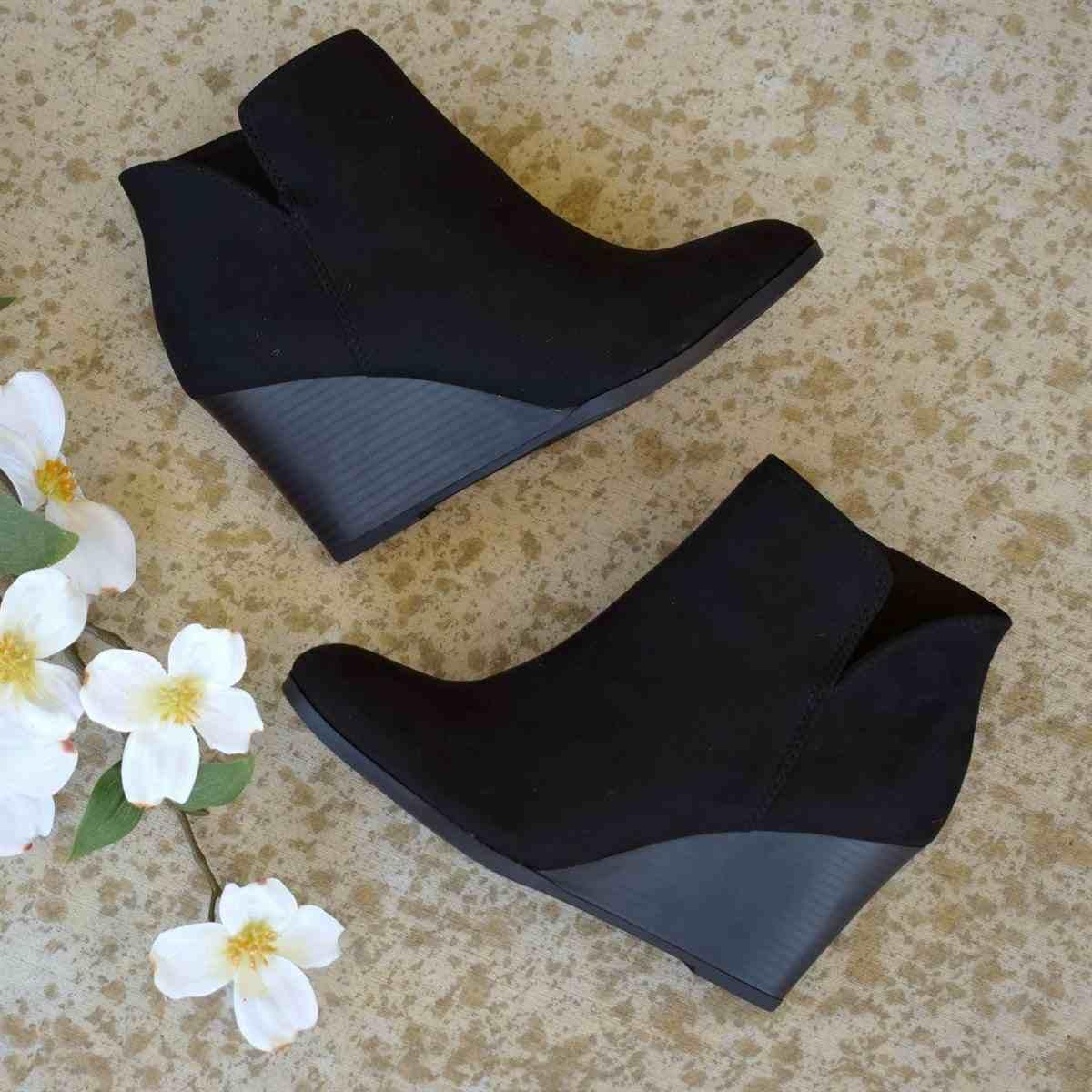 Vertvie Sivri Burun Patik Kış Kadın Leopar yarım çizmeler Lace Up Ayakkabı Platformu Yüksek Topuk Kama Ayakkabı Kadın Bota Feminina