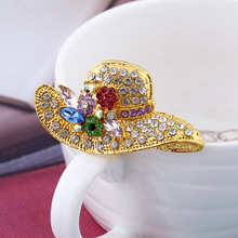 creative gifts upscale fashion hat  reshione brooch pin Yiwu jewelry aka sorority broches women christmas