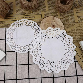 4 Sizes 100pcs White Lace Paper Doilies Wedding Flower Candy Cone Wrap Paper Tableware Tea Cup Pad Cake Mats Party Table Decor