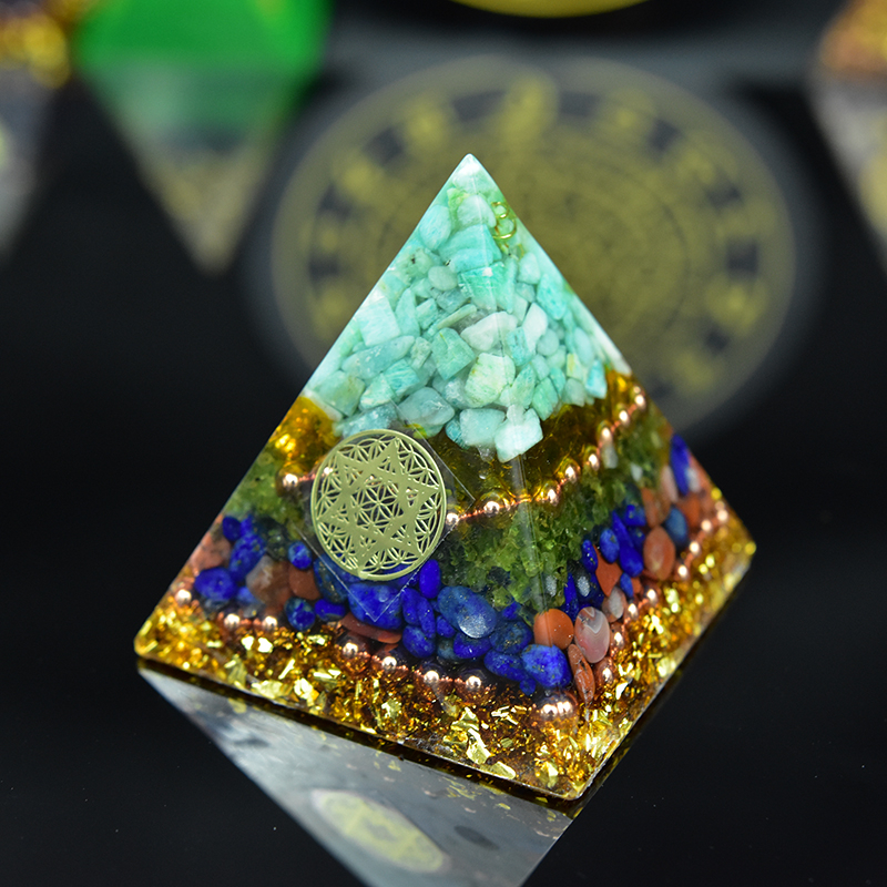 Aura Crystal Orgone Pyramid Energy Generator Natrual Stone Peridot Lapis Lazuli Orgonite EMF Protection And Meditation Yoga