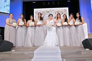 Image 3 - Stokta seksi dantel pembe akşam İnciler ile derin v yaka parti elbiseler kadın resmi A line vestido de festa longo
