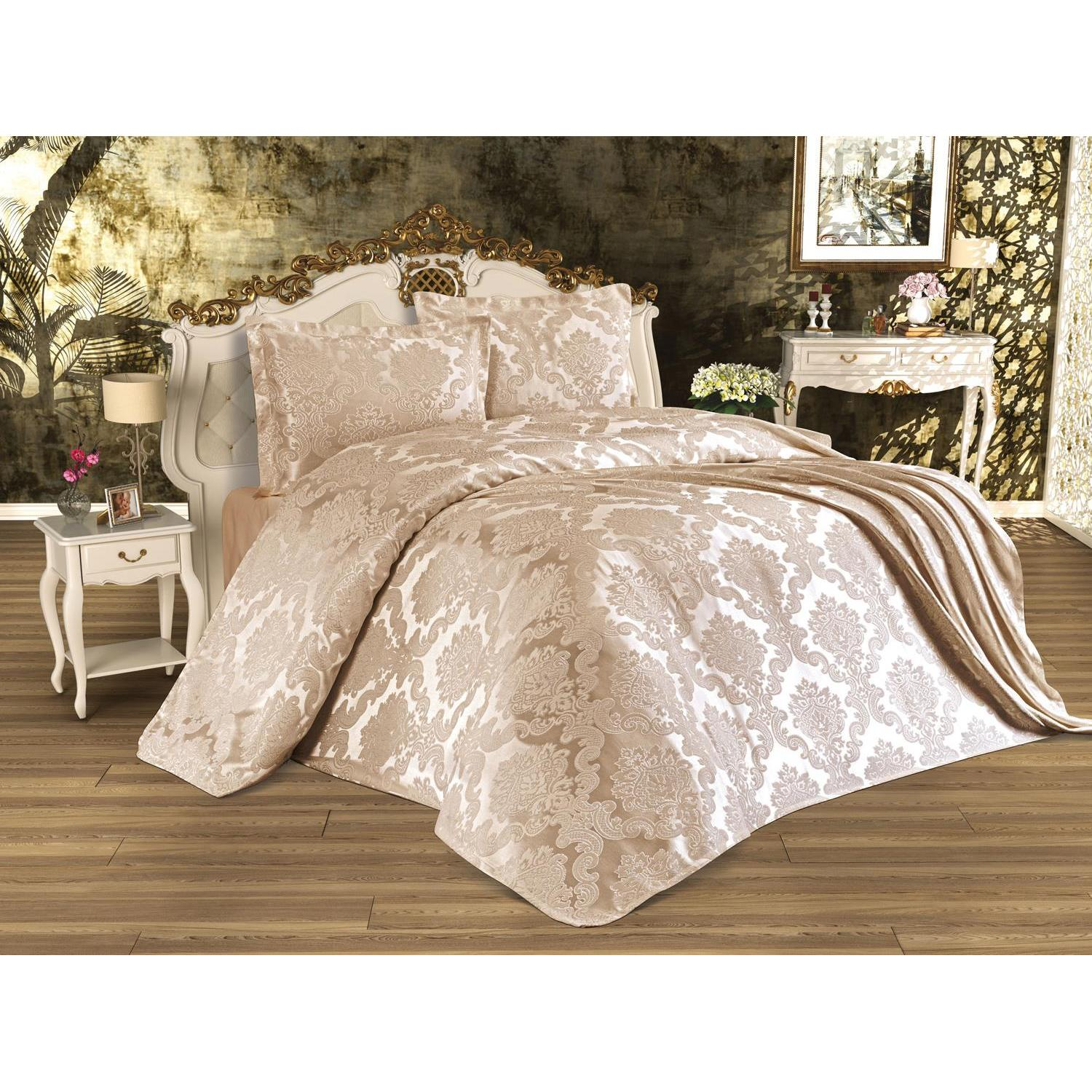 Busem Jacquard Chenille Bed Cover Cappucino