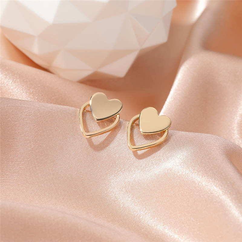 Modyle New Gold Silver Color Heart Earrings For Women Punk Vintage Hollow Stud Earrings Fashion Jewelry Gift