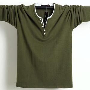 Image 1 - 2020 秋男性tシャツボタンビッグトール綿長袖tシャツ男性ビッグサイズカジュアルtシャツ固体 5xl 6xlフィットtシャツトップ男性