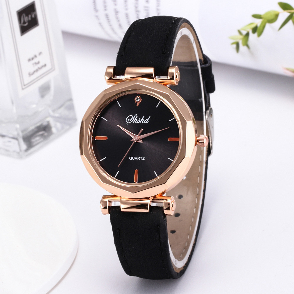 2019 Hot Sale Fashion Women Leather Casual Watch Luxury Analog Quartz Crystal Ladies Simple Wristwatch Diamond Bracelet Clocks