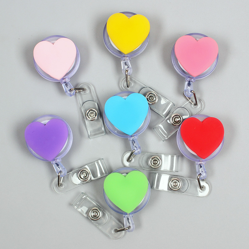 Seven Colors Love Heart Girls Retractable Badge Card Holder Reel Nurse Exhibition Enfermera Women And Girls Gift Name Card Chest