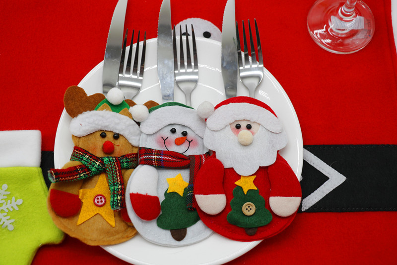 WISPUN 3Pcs/set Christmas Table Decoration Non-Woven Cutlery Bag New Year Fork Knife Tableware Holder
