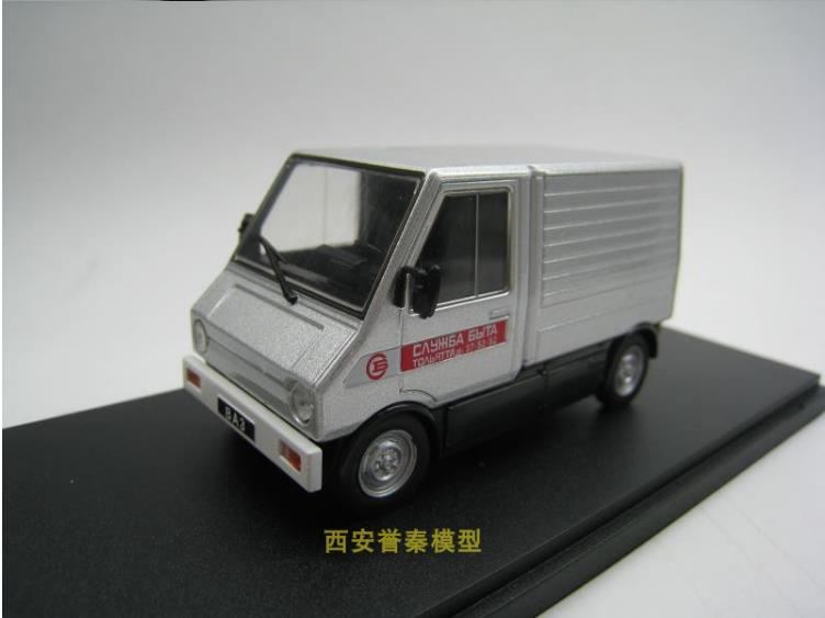 1:43 alloy car model,VAZ-2702 1982 small truck toy,sliding function car model,collection gifts,hot sale image