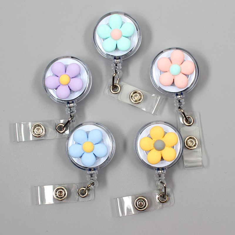 Creative Candy Color Flowers Resin Retractable Badge Reel Nurse Doctor Student Exhibition ID Card Clips Badge Holder Stationery