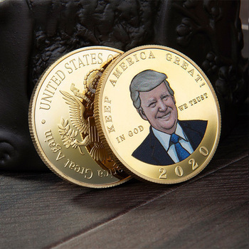 Donald J Trump Of US President Coin  Gold-plated Silver Color Commemorative Coin Badge Gifts Souvenir Coins gold silver color panda commemorative coin metal crafts gifts home decoration accessories challenge coin art collection