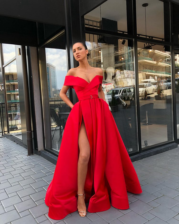 Red Prom Dress 2019 A-line Off The Shoulder Slit Sexy Formal Long Prom Gown Evening Dresses Robe De Soiree