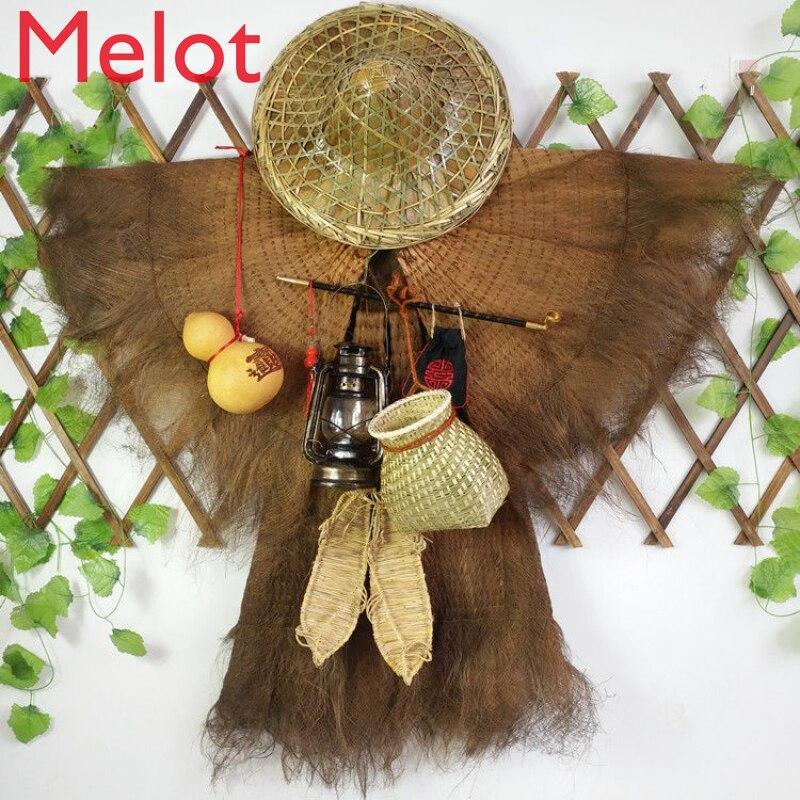 Giyilebilir hasır yağmurluk bambu saman sandalet balık sepeti antika tarzı Agritainment dekorasyon Vintage palmiye giyim eski nesneleri