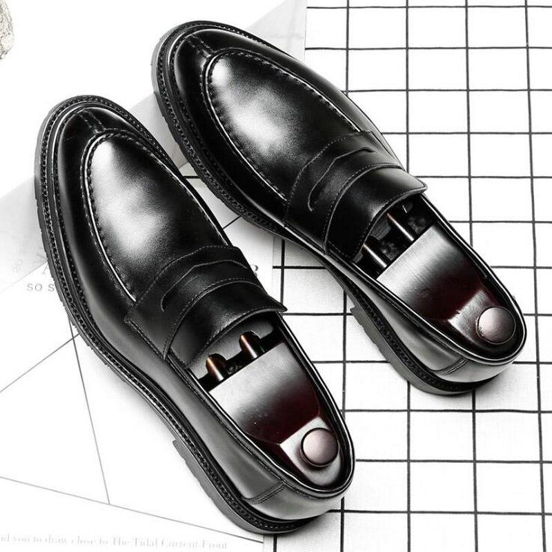 Nuevos zapatos de negocios negros de moda para hombre de gran tamaño, mocasines formales para hombre, zapatos de boda, zapatos Oxford de cuero con punta en pico, zapatos de A21-49Z Marca DEKABR, mocasines suaves de estilo veraniego a la moda para hombres, zapatos de piel auténtica de alta calidad, zapatos planos para hombres, zapatos de conducción Gommino