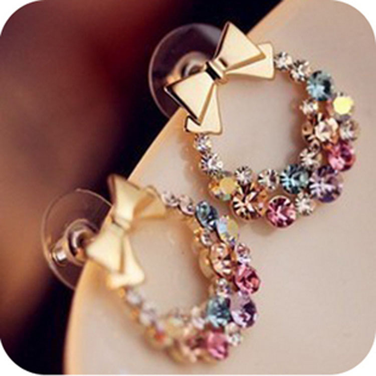 2019 Japan And South Korea New Fashion Jewelry Colorful  Crystal Wreath Earrings Beautiful Bow Metal Ladies Earrings Wholesale