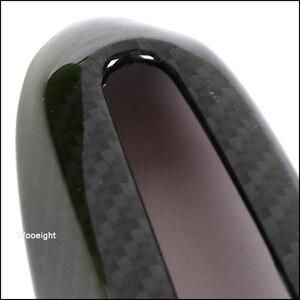 Image 5 - Wooeight 4 pçs abs fibra de carbono exterior maçaneta da porta capa guarnição decoração adesivo quadro apto para toyota rav4 2019 2020 lhd