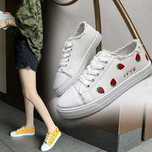 цена на 2019 Spring Women Shoes Black Sneakers Women Lace-up Print Casual Shoes Low Top Graffiti Canvas Shoes Woman Flat High Quality