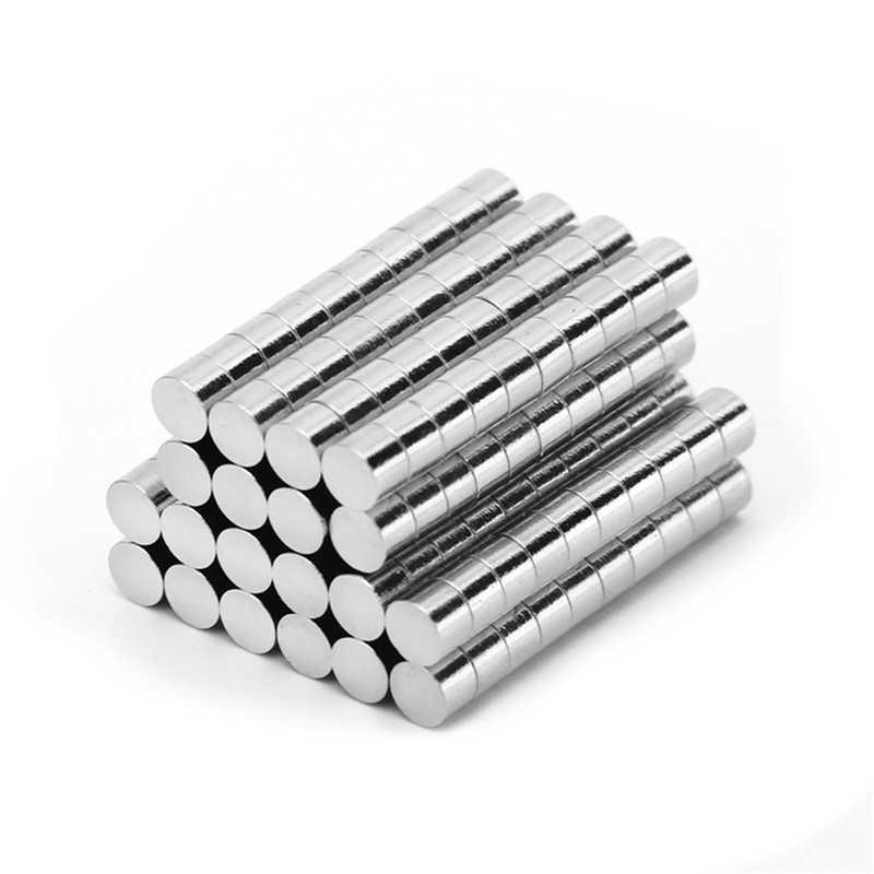50 個ネオジム N35 径 4 ミリメートル × 4 ミリメートル強力磁石小型ディスクネオジム希土類工芸品モデル冷蔵庫粘着マグネット 4x4mm