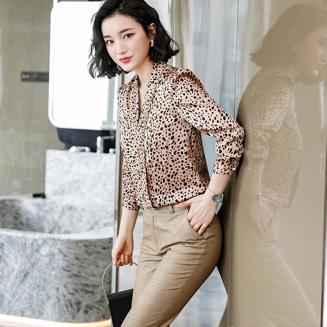 Lenshin Leopard Pattern Loose Shirt Breathable Soft V-neck Draped Blouse Women Female Wear Casual Style Office Lady Tops 5