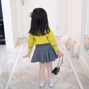 Image 3 - HE Hello Enjoy/осенне зимний комплект одежды для маленьких девочек, изысканная детская одежда, теплый вязаный пуловер + плиссированная юбка, костюмы