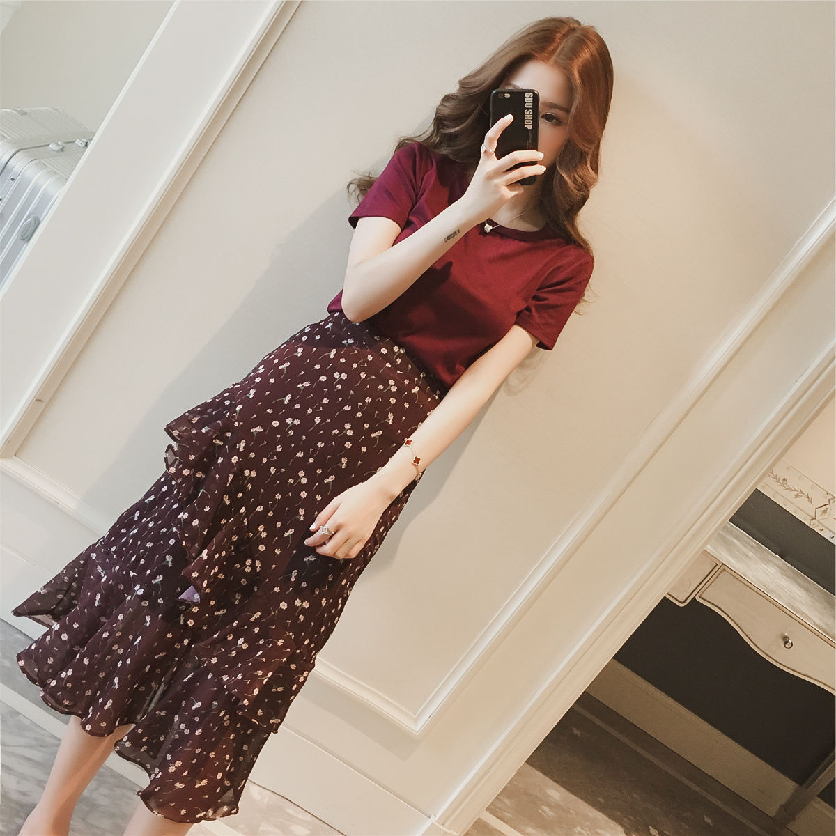 Summer Women's Sets Solid Color Floral Print Chiffon Two Pieces Set Round Neck Crop Tops And High Waist Skirt Casual Suits FY52