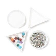10 pçs/lote beleza prego pontilhar strass triângulo placa redonda para contas de jóias exibir bandeja de plástico embalagem recipientes brancos