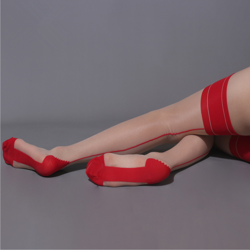 nude red