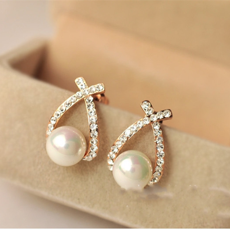 Fashion Jewelry Simulated Pearl Drop Earrings Cute Bowknot Dangle Earrings For Women Shiny Crystal Wedding Jewelry Elegant
