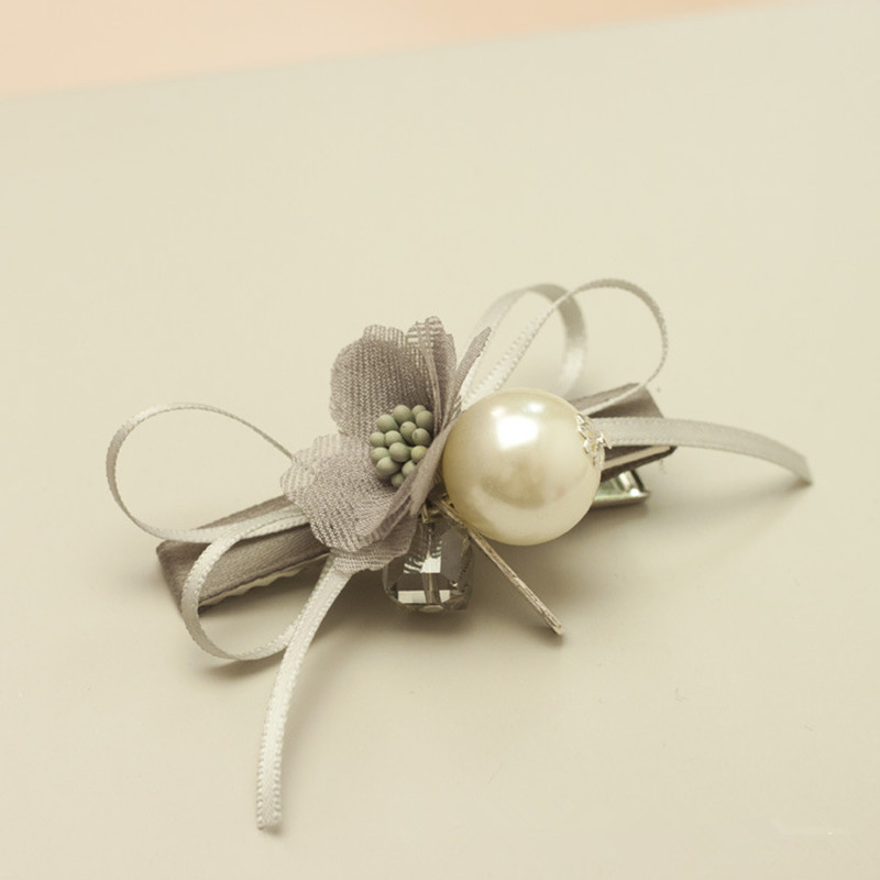Купить с кэшбэком 1pcs Trendy Handmade Snow Yarn Flower Pearl Hair Clips Fringe Mix Edge Clamp Hairpin Ornaments Styling Tools