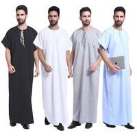 New Dubai Arab Islamic Kaftan Men Jubba Thobe Muslim Dress Kaftan Men Abaya Short Sleeve Print Vintage Robes Saudi Arabia SL1370