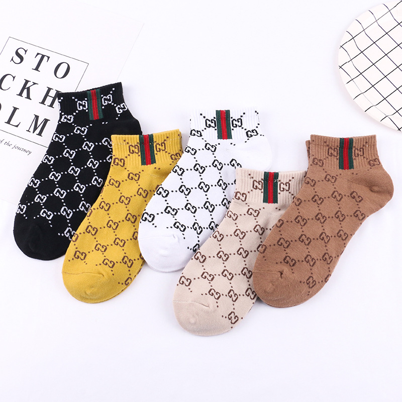Image 2 - 5 Pairs 2019 New Autumn Winter Cute Letter Women Socks Harajuku  Color Female Cotton Socks Meias Chausette Calcetines-in Socks from Underwear & Sleepwears
