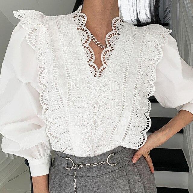 Nomikuma Lace Ruffle Patchwork Women Blouse Puff Long Sleeve V-neck Elegant Blusas Top 2021 Spring New Pullover Shirt 6E071 2
