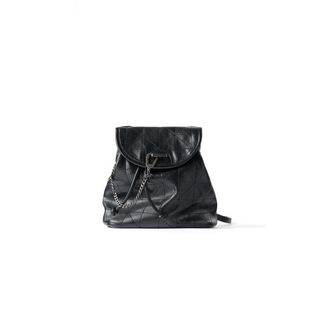 Women's Bag 2021 New Black Flip Soft Shoulder Bag Large Capacity Chain Bag Fashion Lingge Leather Backpack Women 4